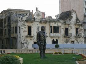 Fantasmas pasad-Estatua Hariri [1280x768] 1
